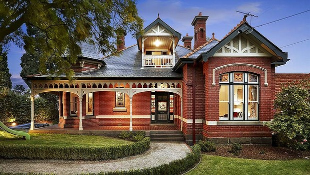 Melbournian memories there 39 s no way but up for Cottage style homes melbourne