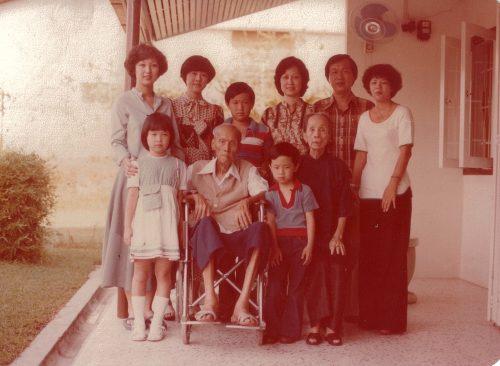 Mom & family 02